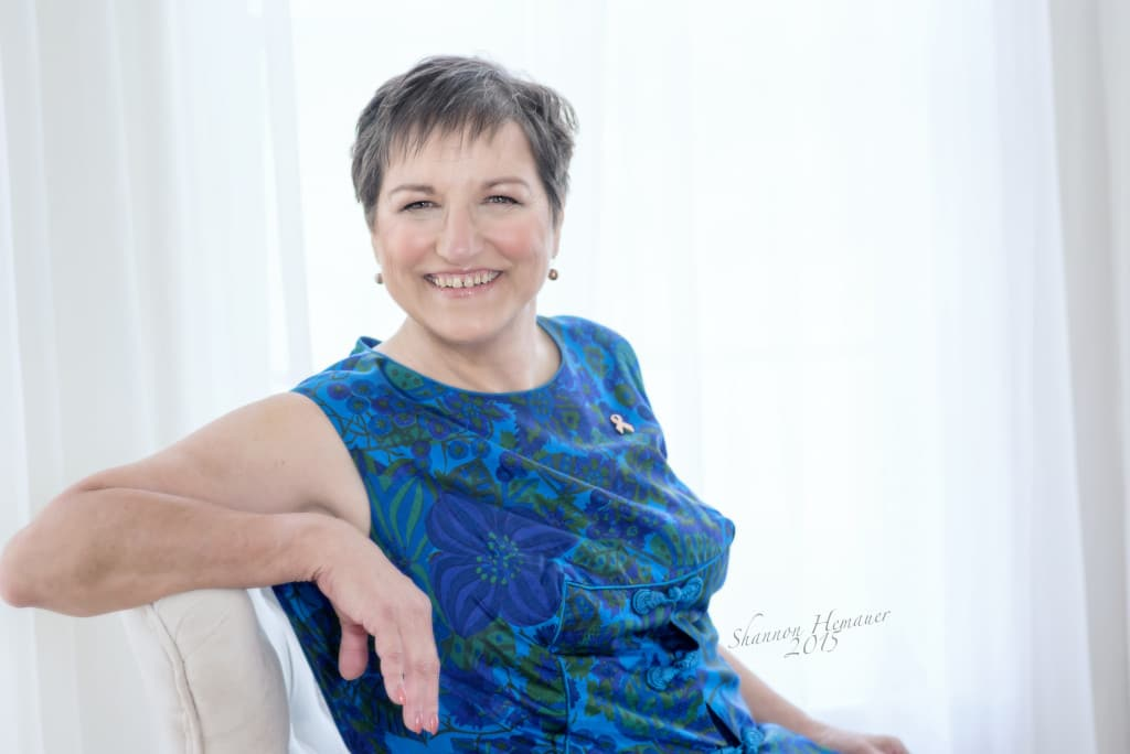 Complimentary contemporary glamour session for cancer survivor Shannon Hemauer Harrisburg PA